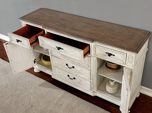 Buffets & Kitchen Cabinets