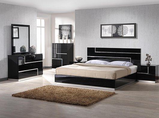 Full Beds & Casegoods