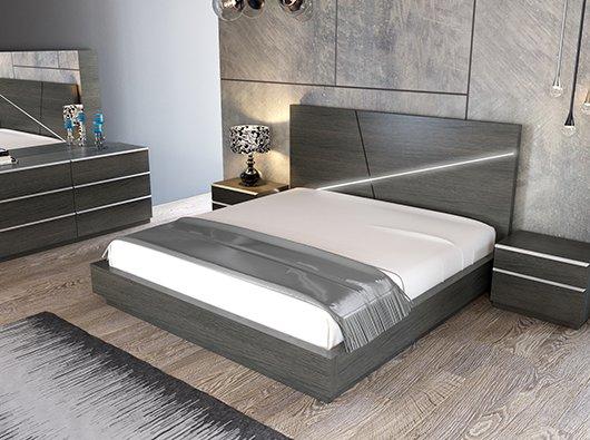 Queen Beds & Casegoods