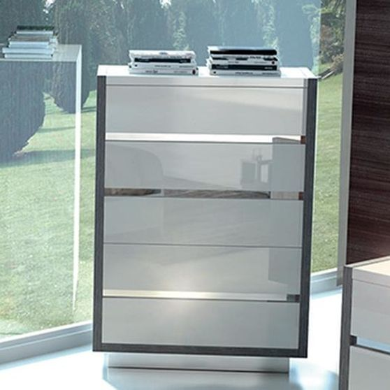 Made in Italy high gloss contemporary chest