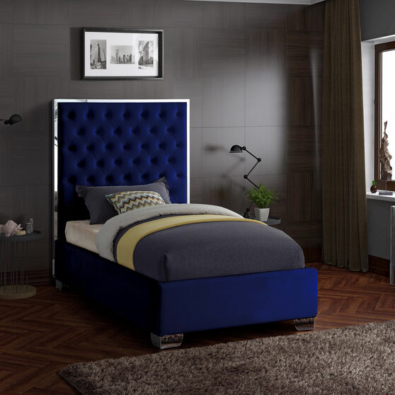 Tufted headboard twin bed in modern style