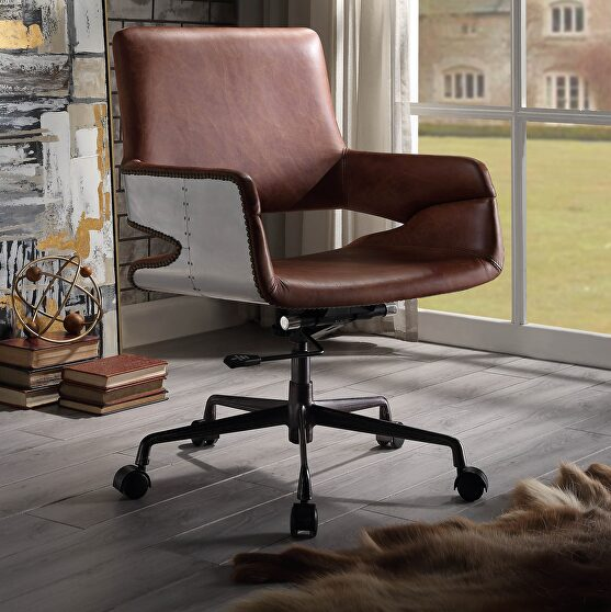 Vintage cocoa top grain leather executive office chair