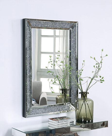 Mirrored & faux diamonds wall mirror