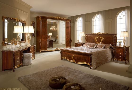Classic Traditional style quality Italian king size bedroom