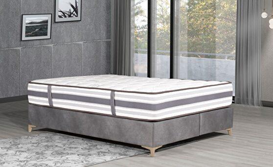 12-inch contemporary white mattress
