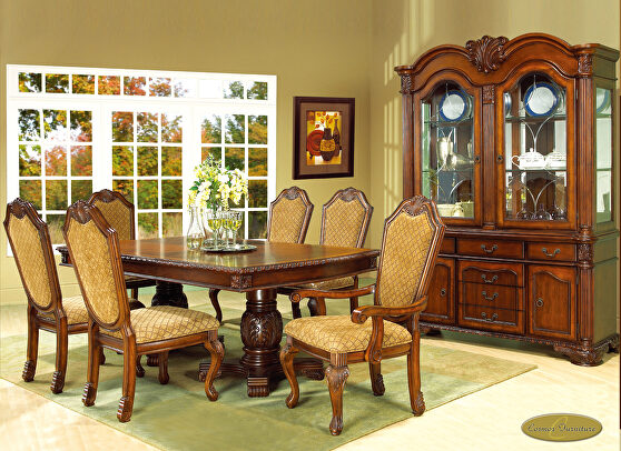 Cherry finish traditional style family size table