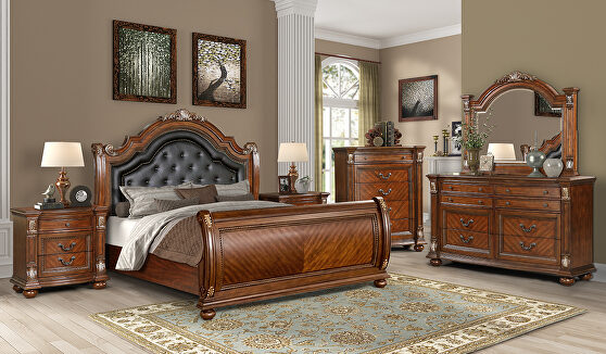 Rich cherry traditional style bed