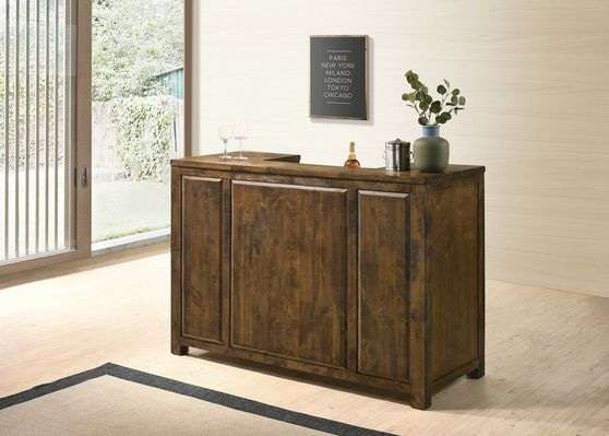 Bar unit in rustic style