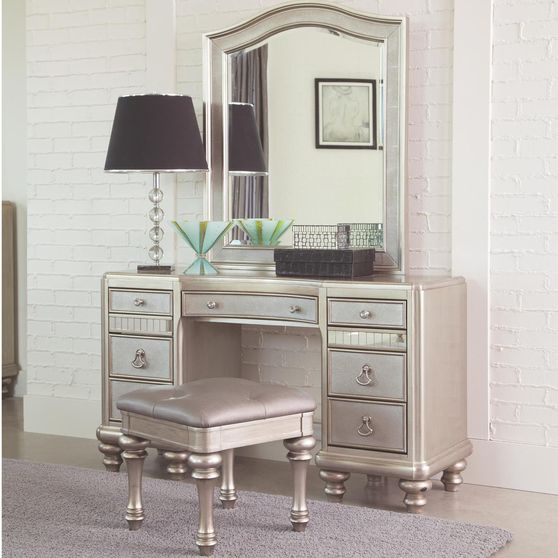 Mirrored / glam style 3pcs vanity set