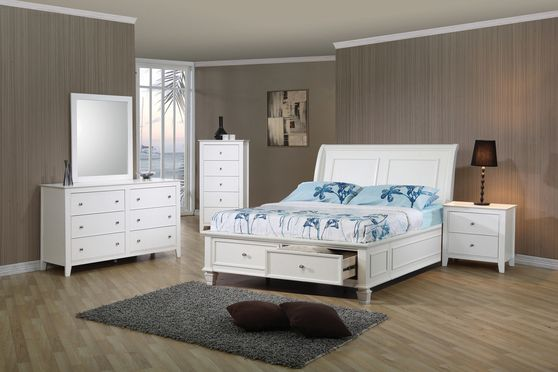 Castal white full bed w/ drawers