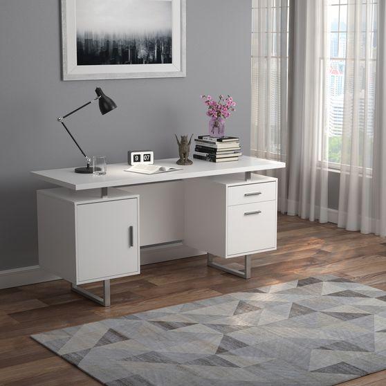 Office desk in white finish