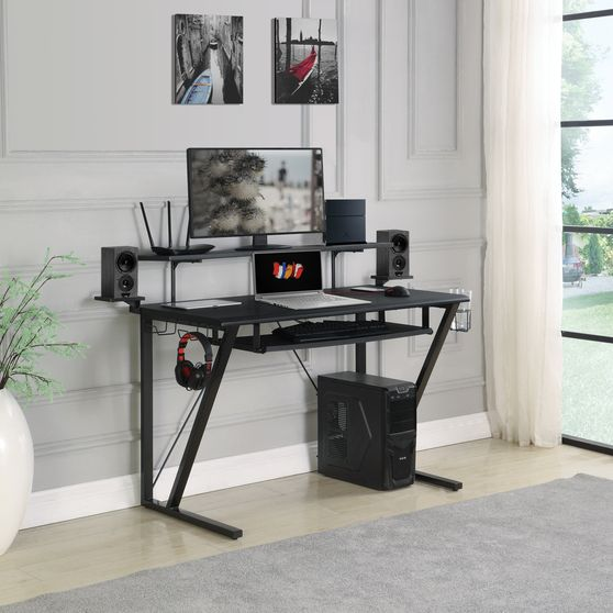 Gaming desk in black w/ speaker shelves