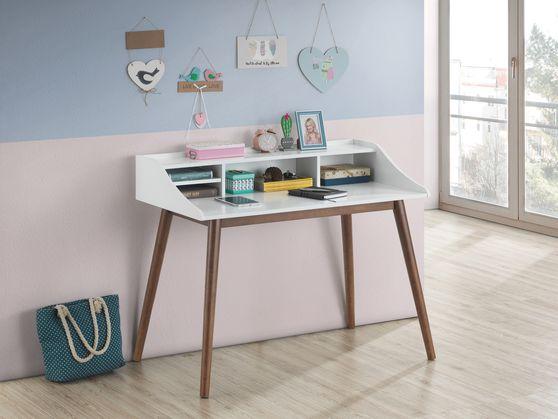 Writing desk in white / walnut