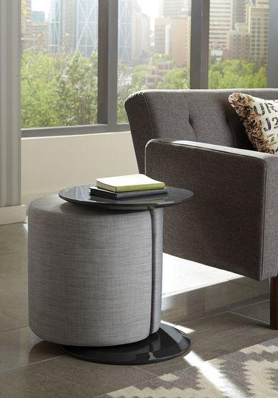 Accent table w/ gray woven fabric ototman