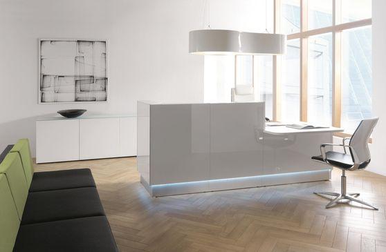 Modular custom-made reception desk