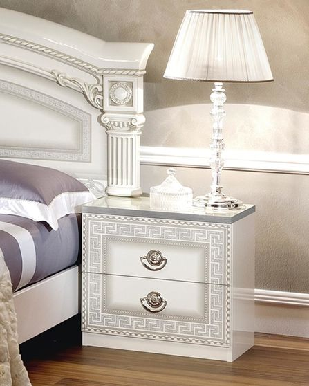 Classic touch elegant roman style night stand