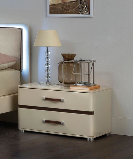 Beige color contemporary Italian-made night stand