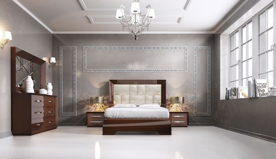 Walnut high-gloss lacquer Spain-made modern bedroom