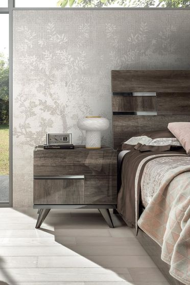 Vintage oak high-gloss contemporary night stand