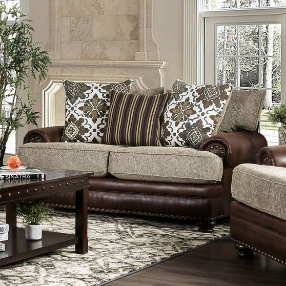 Traditional US-made chinille fabric loveseat
