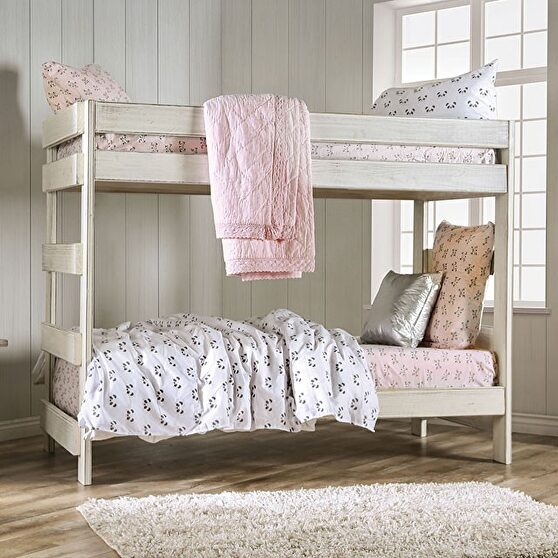 White plank style construction twin/twin bunk bed