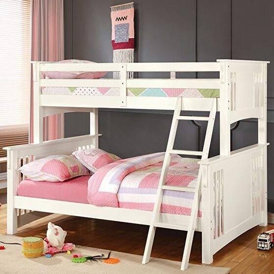 Twin/full bunk bed in white finish