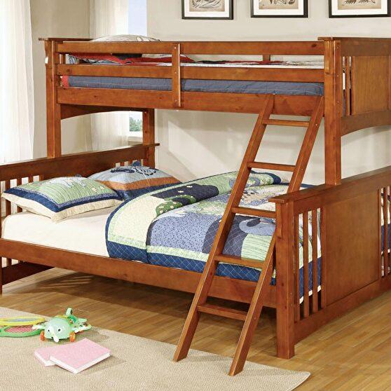 Twin xl/queen bunk bed in oak finish