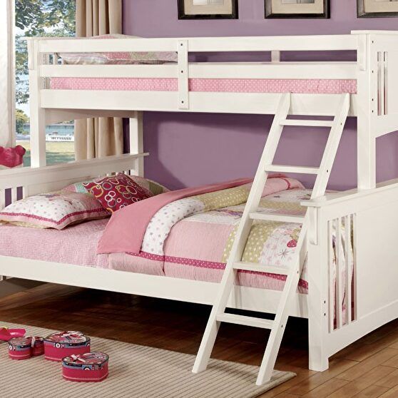 Twin xl/queen bunk bed in white finish