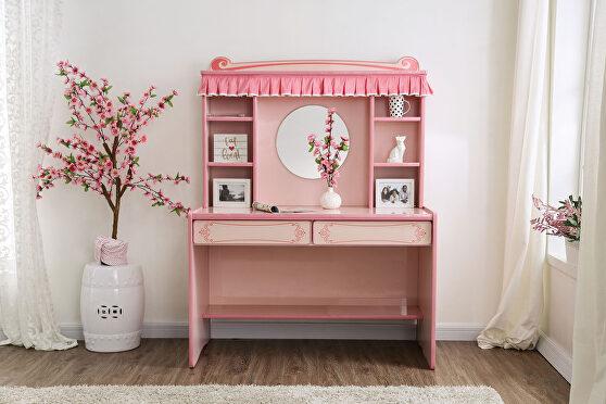 Delightfully glossy pink exquisite design desk