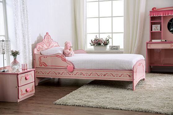 Princess design pink princess design youth bed