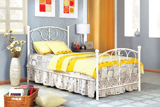 White novelty twin bed