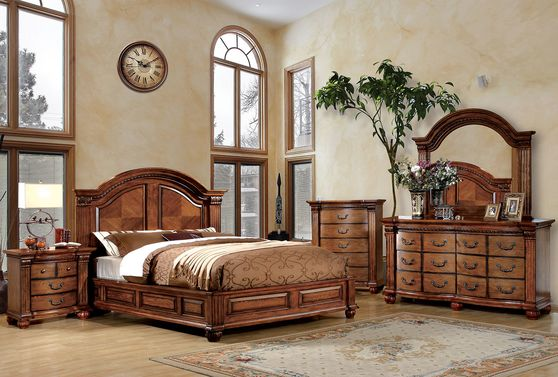 Luxurious antique oak traditional style bedroom