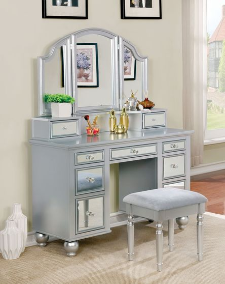 Silver glam style vanity and stool set