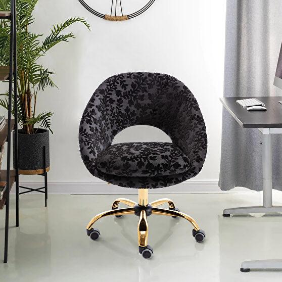 Modern leisure swivel office chair black velvet