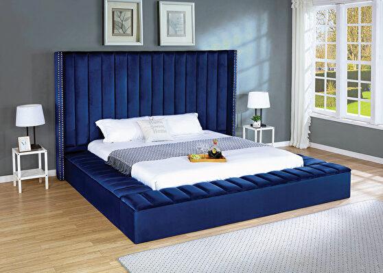 Storage blue velvet bed w/ solid platform