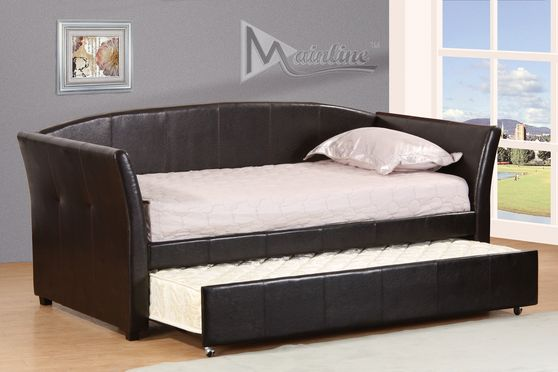 Espresso leatherette daybed w/ platform and trundle