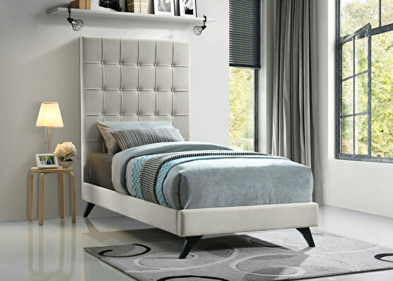 Simple casual affordable platform twin bed