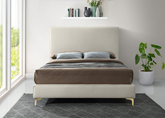 Velvet fabric casual design stand-alone king bed