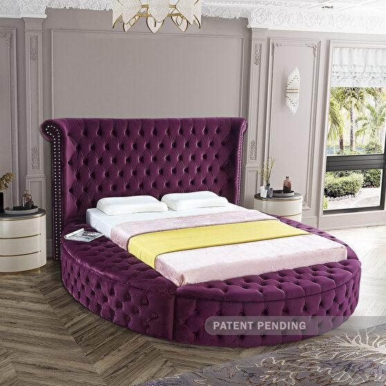 Exclusive round tufted platform bed w/ storage