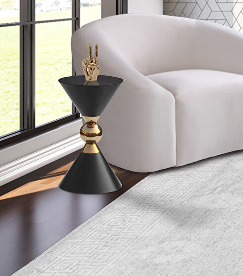 Round ultra-contemporary stylish black end table