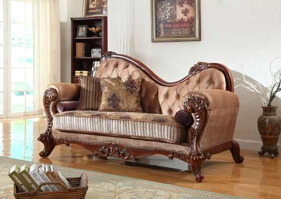 Traditionally styled chaise
