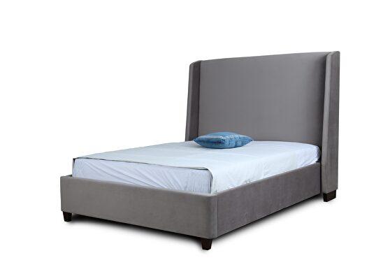 Luxurious portobello velvet full bed