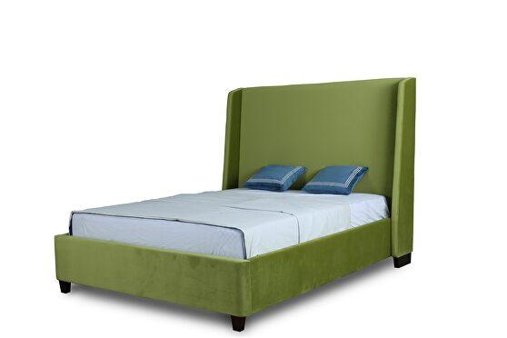 Luxurious pine green velvet full bed