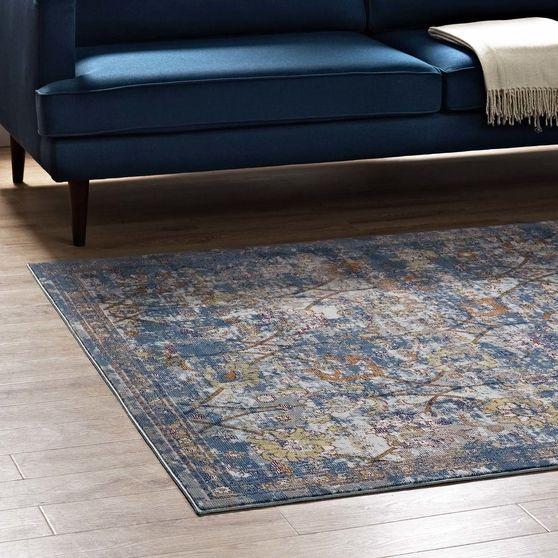 Distressed floral lattice area rug