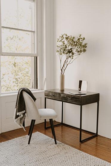 Contemporary desk black