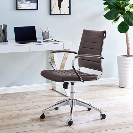 Stylish contemporary office / computer chair