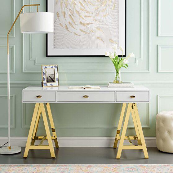 Gold legs / white office desk