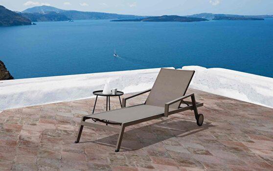 Bondi outdoor chaise lounge in aluminium taupe color