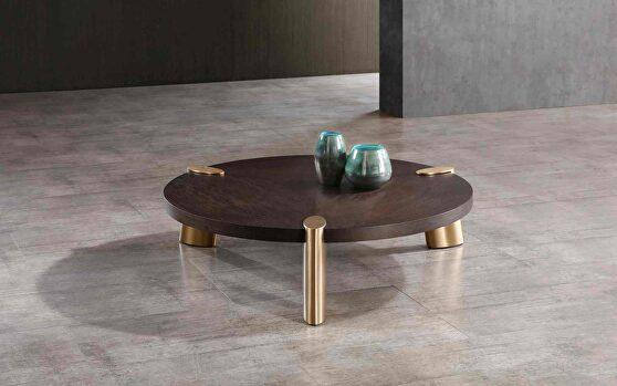 Mimeo round coffee table, wengee veneer top
