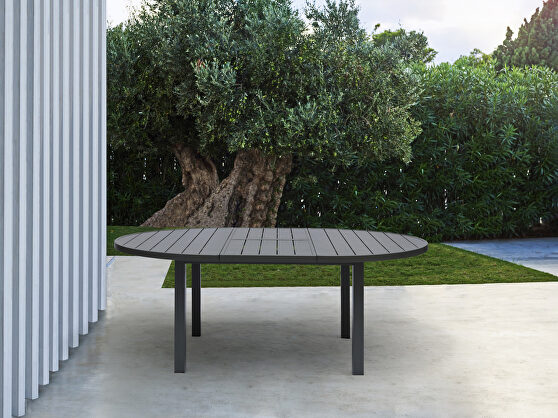 Indoor/outdoor extendable oval dining table in gray